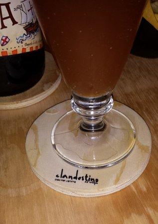 Clandestino ad Ortigia: La nostra prima birra al Clandestino!