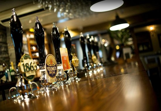 The Wilmslow Lodge: Cask Ales