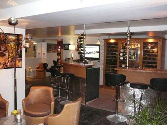 C.Comme : bar & salle de dégustation