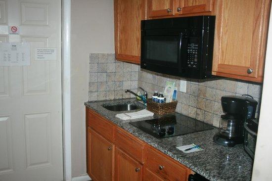 Ocean Lodge: kitchen 205