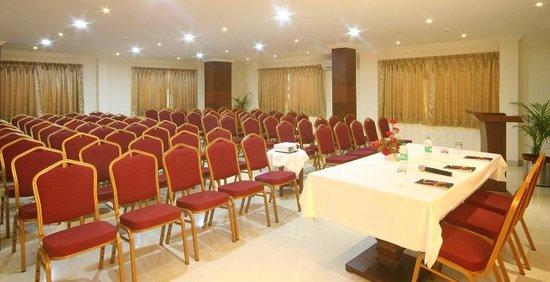 Hotel Resort De Alturas Rooms In Goa