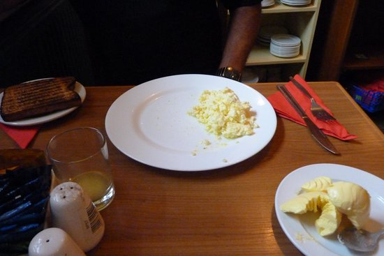 George Hotel: Cold microwaved scrambed egg.  This was supposed to be a breakfast.
