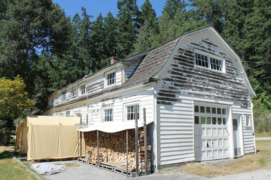 Terracentric Coastal Adventures - Day Tours: The old fire hall/community center