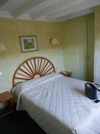 Hotel du Dauphin: Chambre