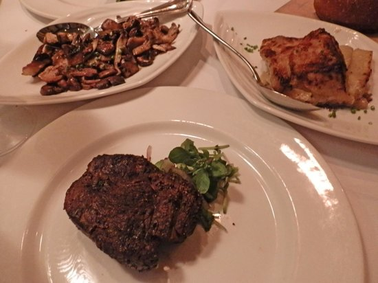 Steakhouse 55: Filet Mignon