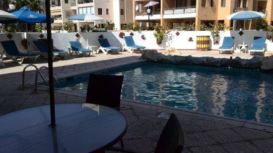Larco Hotel : Бассейн