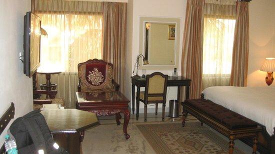 Orient Taj: room