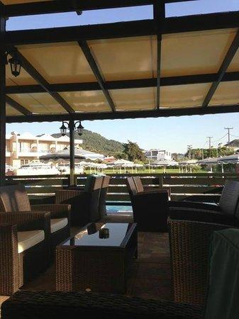 Emerald Hotel : Bar area