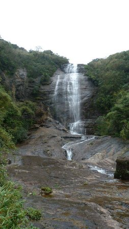 Knuckles Mountain Range: one of seven waterfalls