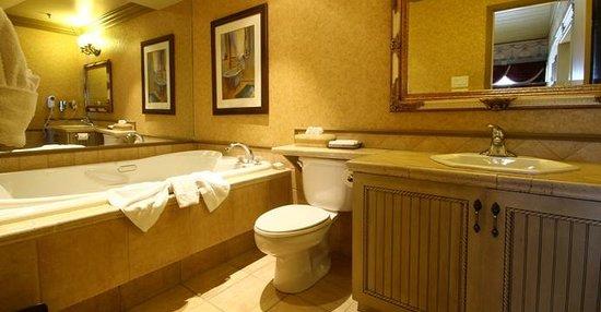 Auberge Quebec: Salle de bain | Bathroom