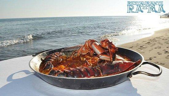 Restaurante RA-MA: Paella con bogavante / Paella with lobster