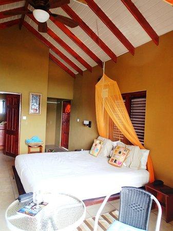 The Sweet Retreat: Brown Room