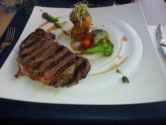 Zebra Steak & Grill : bistecca di manzo da 330g