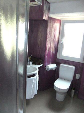 Hotel America : La salle de bains