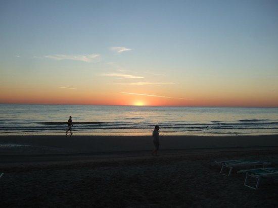 Hotel Lido Europa : La plage le matin