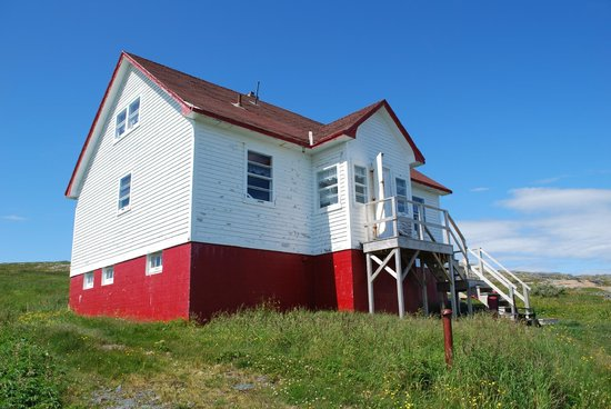 Quirpon Lighthouse Inn: House