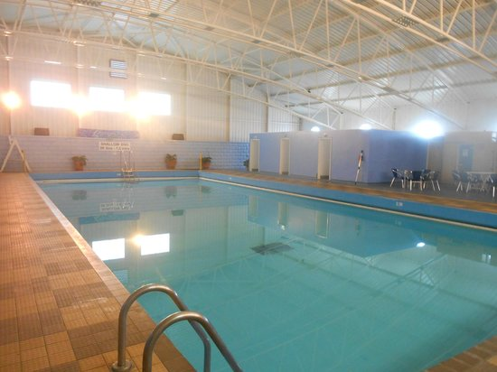 Sand bay swimming pool picture of sand bay leisure - Hotels weston super mare with swimming pool ...