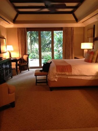 The St. Regis Bahia Beach Resort: Astor Suite King room