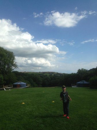 Cwm Tawel Yurts: There is a lot of sky!