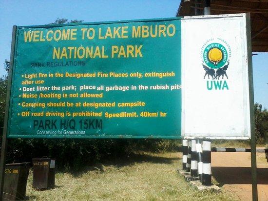 Lake Mburo National Park: LMNP
