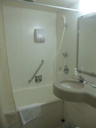 Hotel Welco Narita : Petite Salle De Bains Standard Japonaise