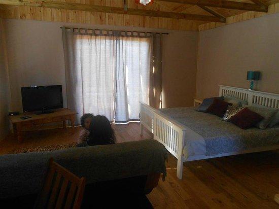 Little Lotta Cottage: Upstairs cottage