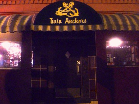 Twin Anchors Restaurant Chicago
