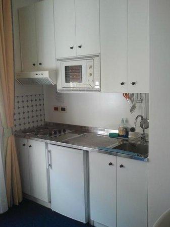 Hotel & Residence Villa Sorriso: angolo cottura