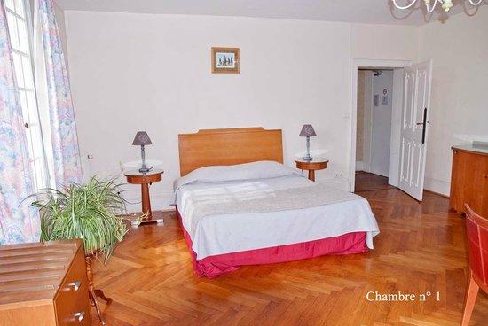 Le Manoir de Clairval : chambre 1