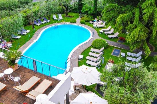 Photo of Hotel Piccola Vela Desenzano Del Garda