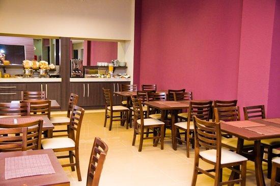 Druds Express: Restaurante