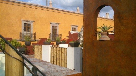La Casa del Naranjo Hotel Boutique : La terraza superior del hotel esta bien cuidada y tiene su grado de privacidad.