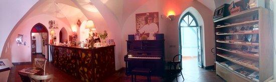 Luchino Visconti Museum - Villa La Colombaia : cafè