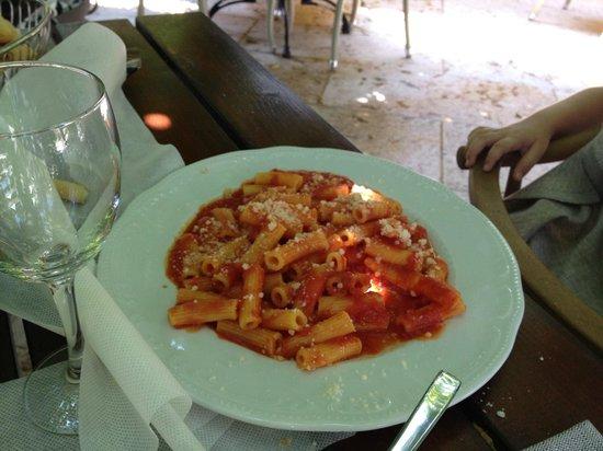 Locanda Gallehus: Pâtes à la tomate (trop salées)