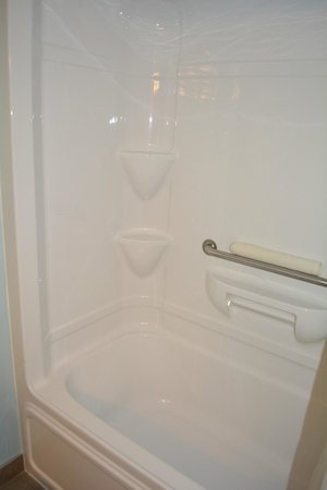 BEST WESTERN PLUS Liverpool Hotel & Conference Centre : Nice Shower