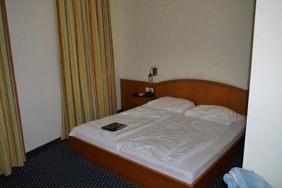 Suite Hotel 900 m zur Oper : bed