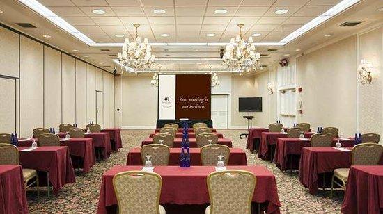DoubleTree by Hilton Hotel Burlington: Meeting Room