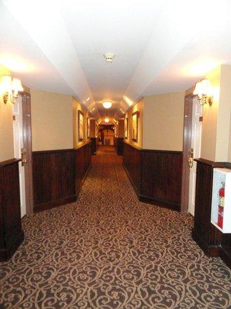 Lambertville Station Inn : Hallway