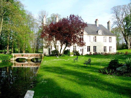 Hôtel Château De Bellefontaine: Beautiful, quiet Chateau outside Bayeaux