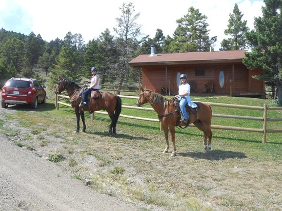 Bonanza Creek Guest Ranch: In front of the cabin after our first day