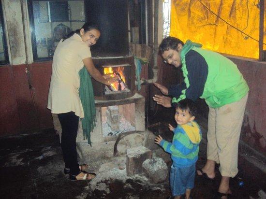 Hotel Sapna: Me My Wife and My cousins Kid