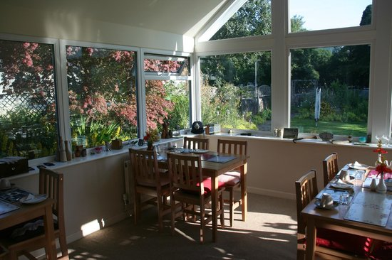 The Courthouse (Henllys): Bright dining area