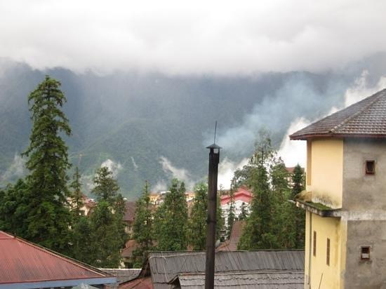 Sapa Elegance Hotel: de vervelend ruikende schoorsteen en het mooie uitzicht