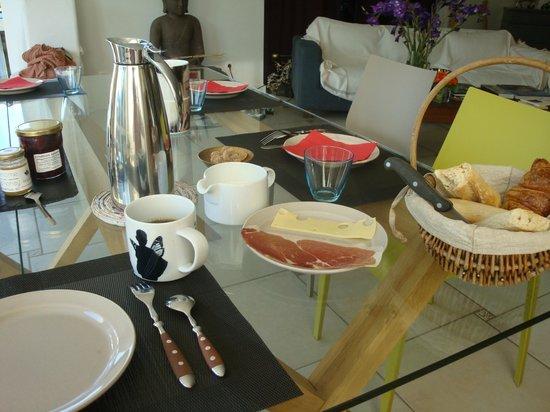 Beehome Guest House : Le Petit Dejeuner