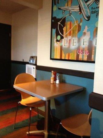 Hotel Avante, a Joie de Vivre Hotel: breakfast room
