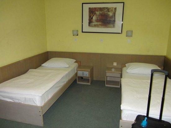 Youth Hostel Uni Hotel: beds