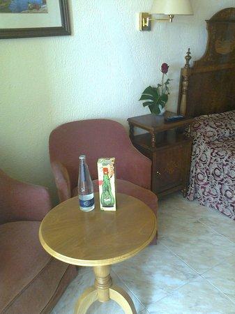 Hesperia Mallorca Villamil: drankje & roos :o)