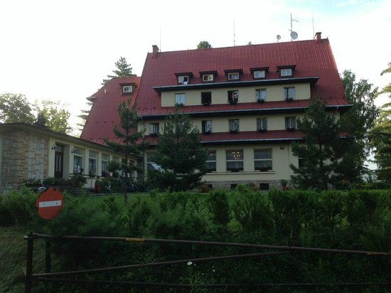 Parkhotel Skalni mesto: View from the parking place