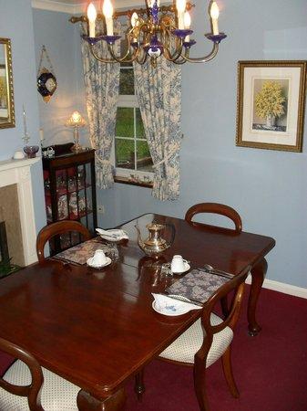 Twin Lodge: Dining room