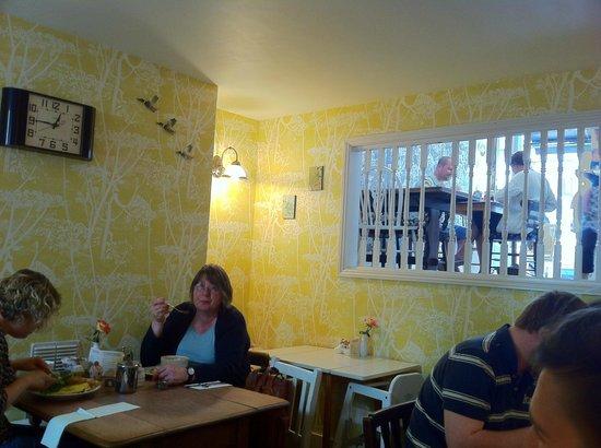 Ethelu0027s Kitchen: Cole U0026 Son Cow Parsley Wallpaper In Yellow U0026 Black  2013_08_10